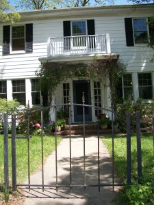 306 Brooks, Front Entry
