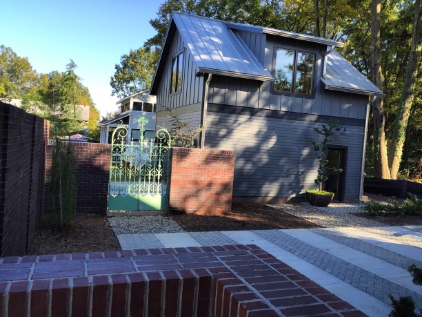 606Chamberlain Courtyard