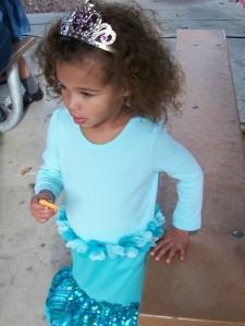 halloween tiara girl