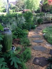 2506mayview_gardenPath